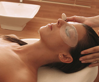 Face & Body anti-ageing treatment package